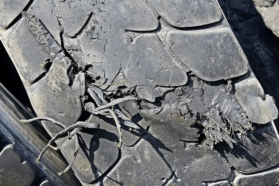 Tire Sidewall Cracking and Wear Prevention