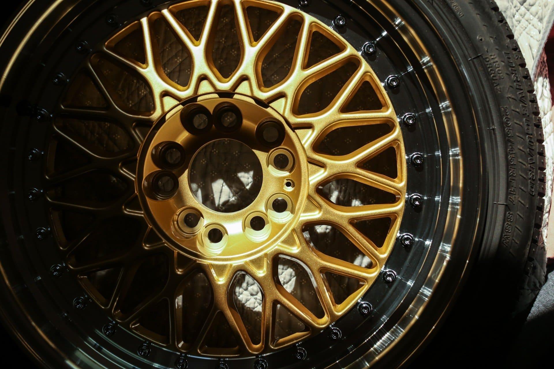 Douglas tires r